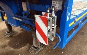 2014 Broshuis E-2190/27 Step Extender