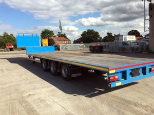 Tri Axle Step Trailer